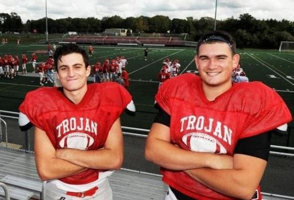 Star Football Players Save the Life of a Cat in Danger